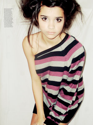 Januar 2008 cute brunette teen
