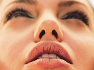 Angelina_Jolie_wallpaper_62.jpg
