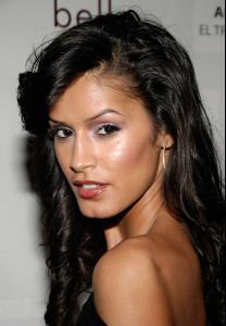 jaslene_gonzalez_arrives_to_the_people_en_espanol_and_the_smithsonian1.jpg