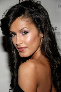 jaslene_gonzalez_arrives_to_the_people_en_espanol_and_the_smithsonian6.jpg