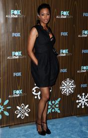 celebrity-paradise.com-The_Elder-Aisha_Tyler_2010-01-11_-_Fox_Winter_2010_All-Star_Party_in_LA_139.jpg