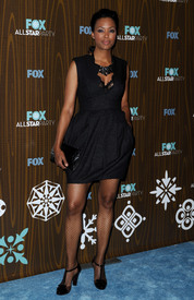 celebrity-paradise.com-The_Elder-Aisha_Tyler_2010-01-11_-_Fox_Winter_2010_All-Star_Party_in_LA_246.jpg