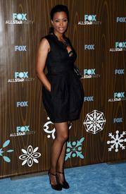 celebrity-paradise.com-The_Elder-Aisha_Tyler_2010-01-11_-_Fox_Winter_2010_All-Star_Party_in_LA_729.jpg