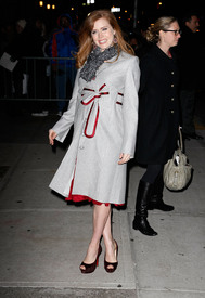 Preppie_-_Amy_Adams_at_the_Late_Show_with_David_Letterman_-_Jan._5_2010_1235.jpg