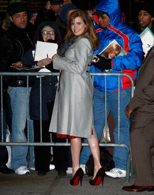 Preppie_-_Amy_Adams_at_the_Late_Show_with_David_Letterman_-_Jan._5_2010_1256.jpg