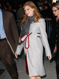 Preppie_-_Amy_Adams_at_the_Late_Show_with_David_Letterman_-_Jan._5_2010_1321.jpg