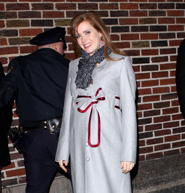 Preppie_-_Amy_Adams_at_the_Late_Show_with_David_Letterman_-_Jan._5_2010_1569.jpg