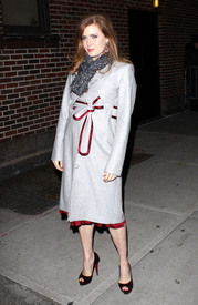 Preppie_-_Amy_Adams_at_the_Late_Show_with_David_Letterman_-_Jan._5_2010_1744.jpg