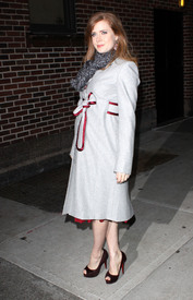 Preppie_-_Amy_Adams_at_the_Late_Show_with_David_Letterman_-_Jan._5_2010_1752.jpg