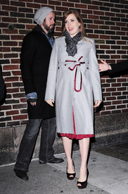 Preppie_-_Amy_Adams_at_the_Late_Show_with_David_Letterman_-_Jan._5_2010_3396.jpg
