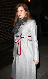 Preppie_-_Amy_Adams_at_the_Late_Show_with_David_Letterman_-_Jan._5_2010_3739.jpg