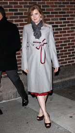Preppie_-_Amy_Adams_at_the_Late_Show_with_David_Letterman_-_Jan._5_2010_5701.jpg