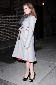Preppie_-_Amy_Adams_at_the_Late_Show_with_David_Letterman_-_Jan._5_2010_6375.jpg