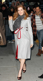 Preppie_-_Amy_Adams_at_the_Late_Show_with_David_Letterman_-_Jan._5_2010_7162.jpg