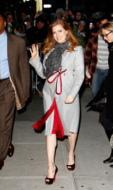 Preppie_-_Amy_Adams_at_the_Late_Show_with_David_Letterman_-_Jan._5_2010_8173.jpg