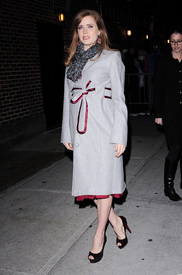 Preppie_-_Amy_Adams_at_the_Late_Show_with_David_Letterman_-_Jan._5_2010_9381.jpg