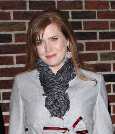 Preppie_-_Amy_Adams_at_the_Late_Show_with_David_Letterman_-_Jan._5_2010_9570.jpg