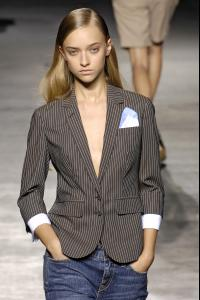 14877_celebrity_city_Paul_Smith_London_Fashion_Show_49_123_316lo.jpg