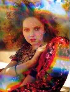 Lily_Cole_Tim_Walker_4_721845.jpg