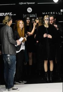 Rebekka+Ruetz+Backstage+Mercedes+Benz+Fashion+15.jpg