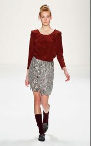Zoe+Ona+Show+Mercedes+Benz+Fashion+Week+Autumn+1.jpg