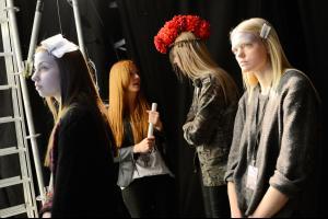 Rebekka+Ruetz+Backstage+Mercedes+Benz+Fashion+05.jpg