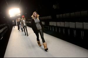 Rebekka+Ruetz+Backstage+Mercedes+Benz+Fashion+04.jpg