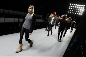 Rebekka+Ruetz+Backstage+Mercedes+Benz+Fashion+03.jpg