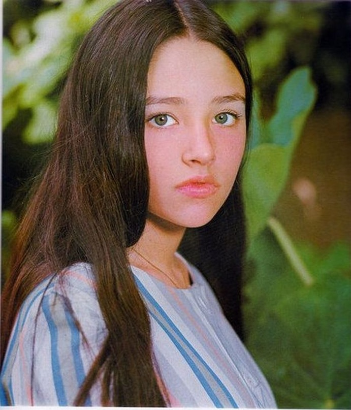 olivia hussey daughter