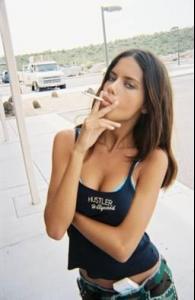 adriana_lima_smoking.jpg