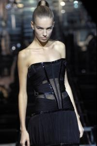 14001_celebrity_city_Dolce_E_Gabbana_Milan_Fashion_Show_104_123_365lo.jpg