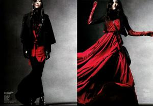 Bonnie_Chen___Hue_Ping_Cheung___Vogue_China_September_2010___5.jpg
