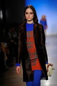 Rag_Bone_Women_Collection_Runway_Fall_2011_AxWIkabSqw8l.jpg