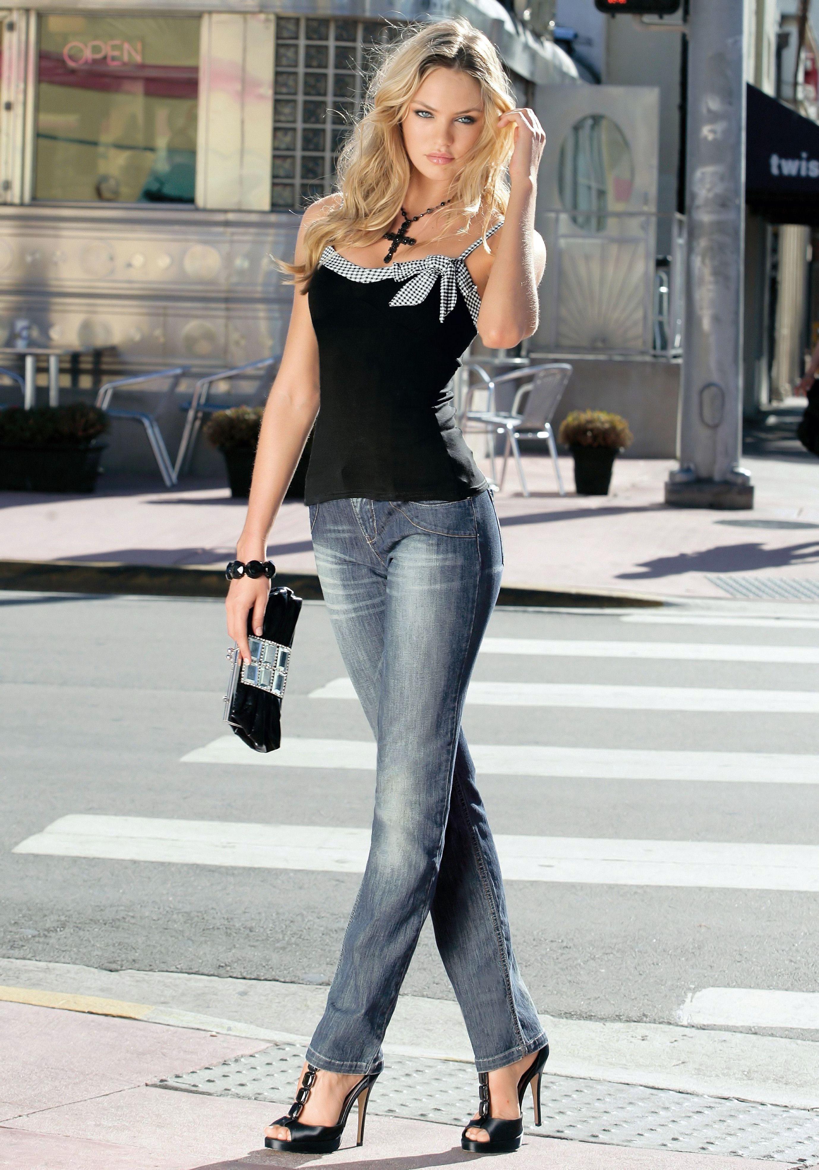 Фото девочек в джинсах 8 фотография