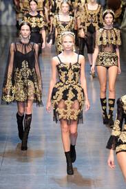 Dolce_Gabbana_Fall_2012_B3_ENZl6_M1c_Dx.jpg