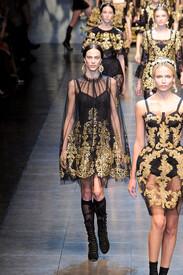 Dolce_Gabbana_Fall_2012_t_QFezp_Z42n_Wx.jpg