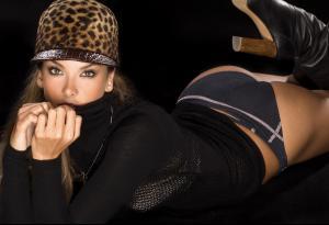 Alessandra-Ambrosio_Shannon-Greer_PS_2012_12.jpg