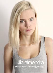 Julia Almendra Nude Photos 4