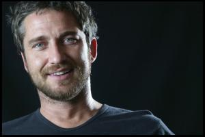 Gerard_Butler___Martin_Pope_Photoshoot_01lj_hireshotties.jpg