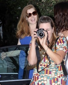 celebrity_paradise.com_TheElder_AmyAdams2010_03_27_ArrivingForHerBabyShower11.jpg