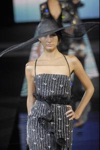 81900_celebrity_city_Giorgio_Armani_Milan_Fashion_Show_152_123_487lo.jpg
