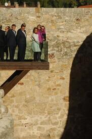celebrity-paradise.com-The_Elder-Princess_Letizia_2009-11-03_-__Visits_Zamora_in_Spanien_3453.jpg