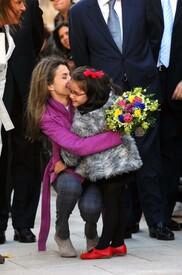 celebrity-paradise.com-The_Elder-Princess_Letizia_2009-11-03_-__Visits_Zamora_in_Spanien_5359.jpg