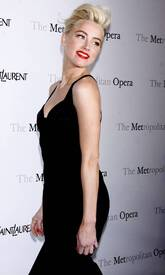 2Amber_Heard_Black_Dress_Metropolitan_Opera_New_York_City_03262012_4.jpg