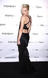 6Amber_Heard_Black_Dress_Metropolitan_Opera_New_York_City_03262012_4.jpg