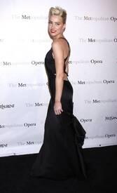 8Amber_Heard_Black_Dress_Metropolitan_Opera_New_York_City_03262012_4.jpg