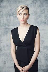 Scarlett-Johansson_-Smallz-and-Raskind-P.jpg