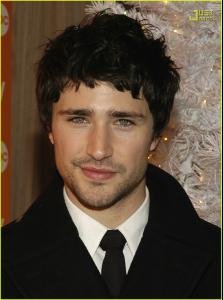 matt_dallas_bangs_02.jpg