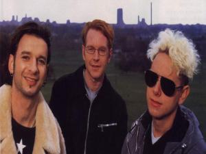 wall_depeche5.jpg