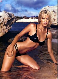 MyPicPerDay_090202_Digiuser_Scans_Hottest_Bikinis_Gallery_028.jpg